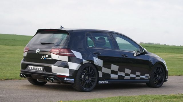 VW_GOLF_7-R_tuned_by_MTM_rear_pic-5