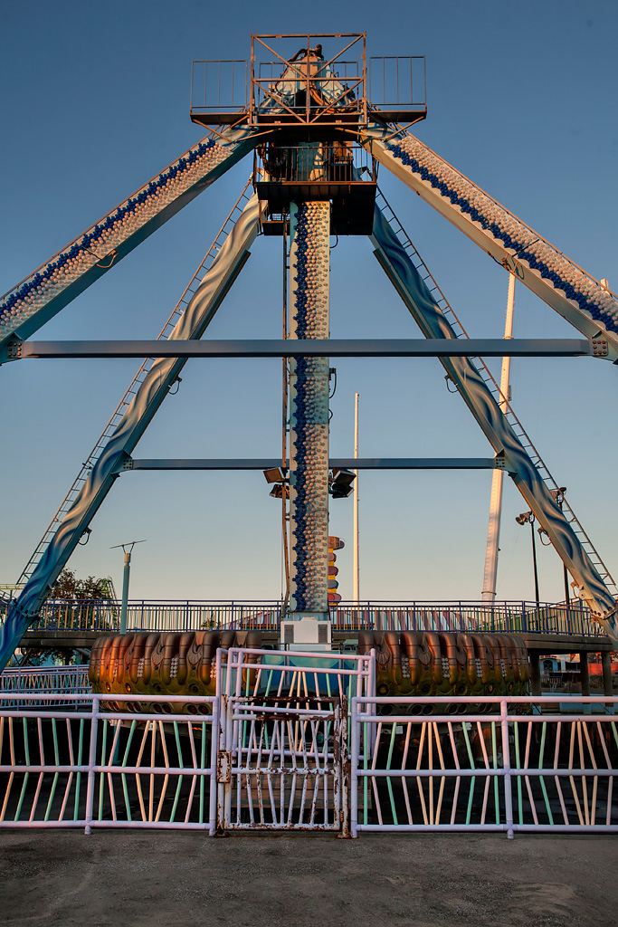 Ship Photo Of The Abandoned Six Flags New Orleans