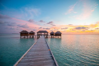The World's Most Luxurious Island Getaways - Oracle Time