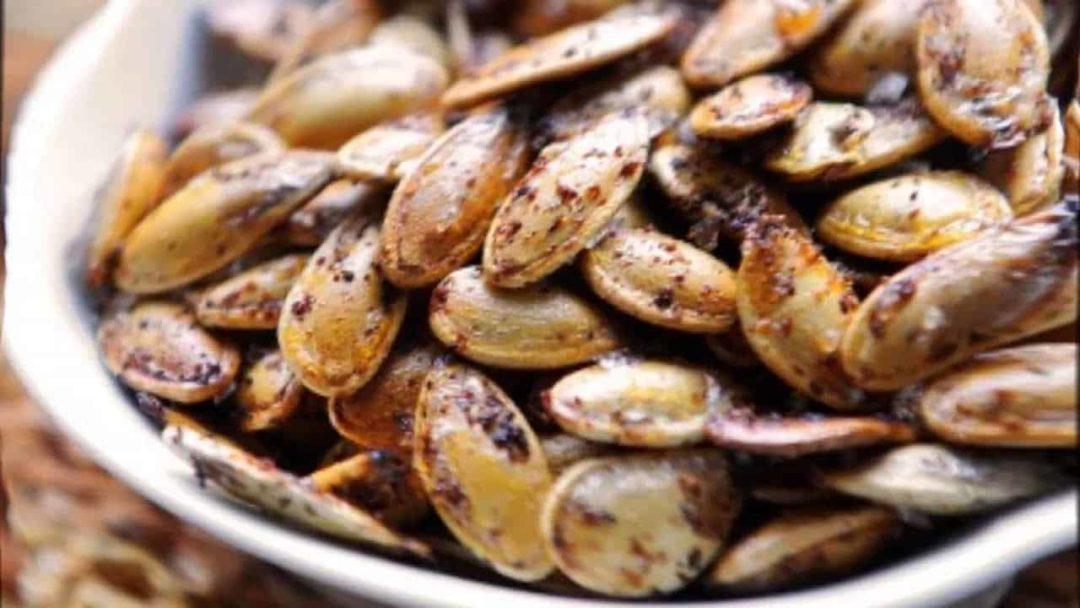 Sementes de abóbora fritas