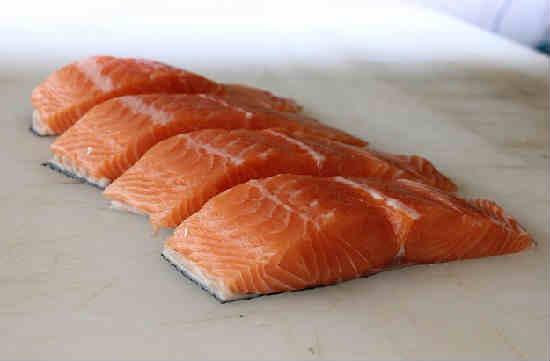 Kak posolit 'losos' v domashnih Usloviyah vkusno8