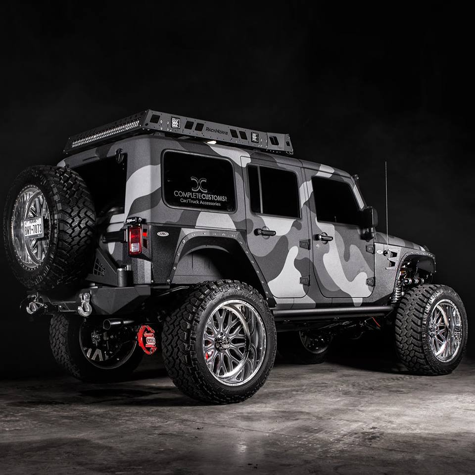 Custom Camouflaged Lifted Jeep Off Road Wheels