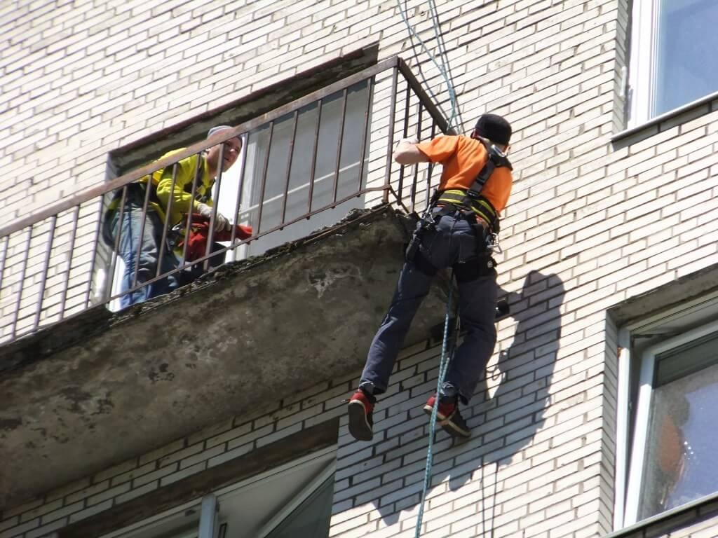 Балкондық тақтайшаны қалпына келтіру