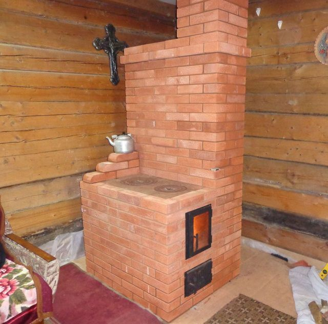 The brick walls of the furnace must be located so that they can be carried out regular revision