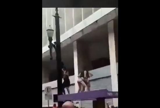 Vídeo do Carnaval publicado por Bolsonaro