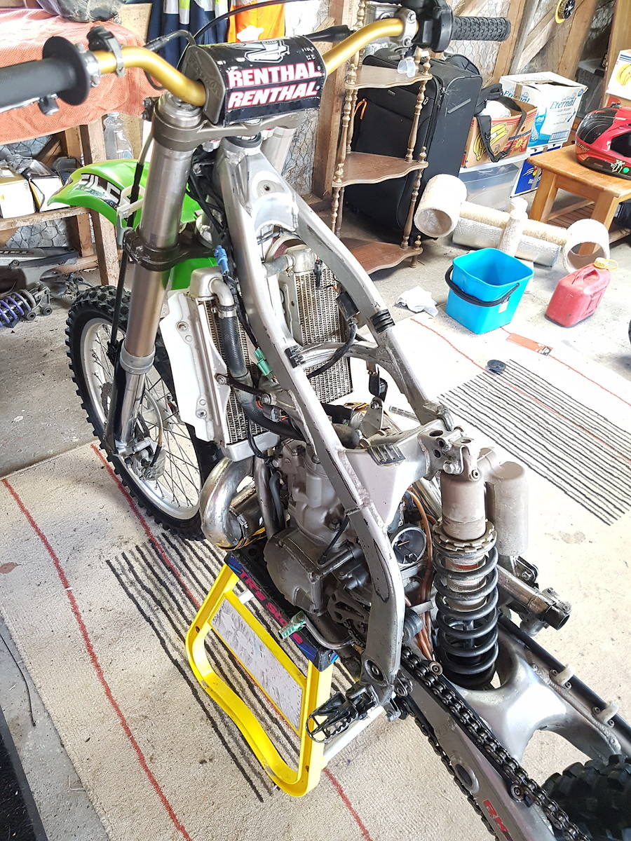 Long How Pipe Kx250