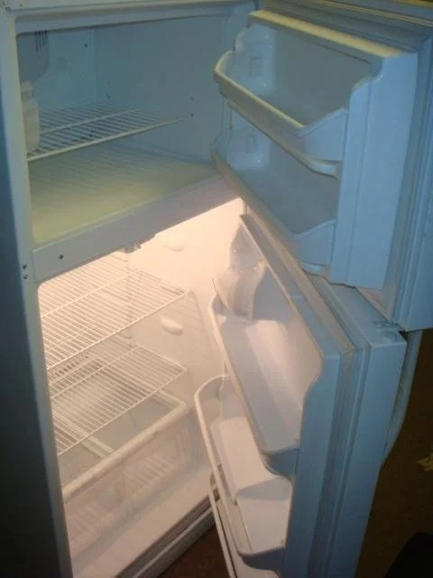 Kenmore Refrigerator 22 Cubic Feet