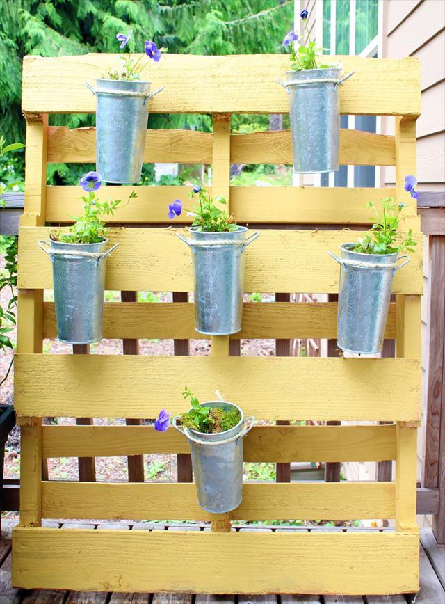 Pallet Garden Project Plans