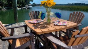 Why You Should Choose Recycled Plastic Outdoor Furniture