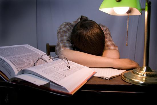 ความเหนื่อยล้าที่น่ากลัวทำลายนักเรียน