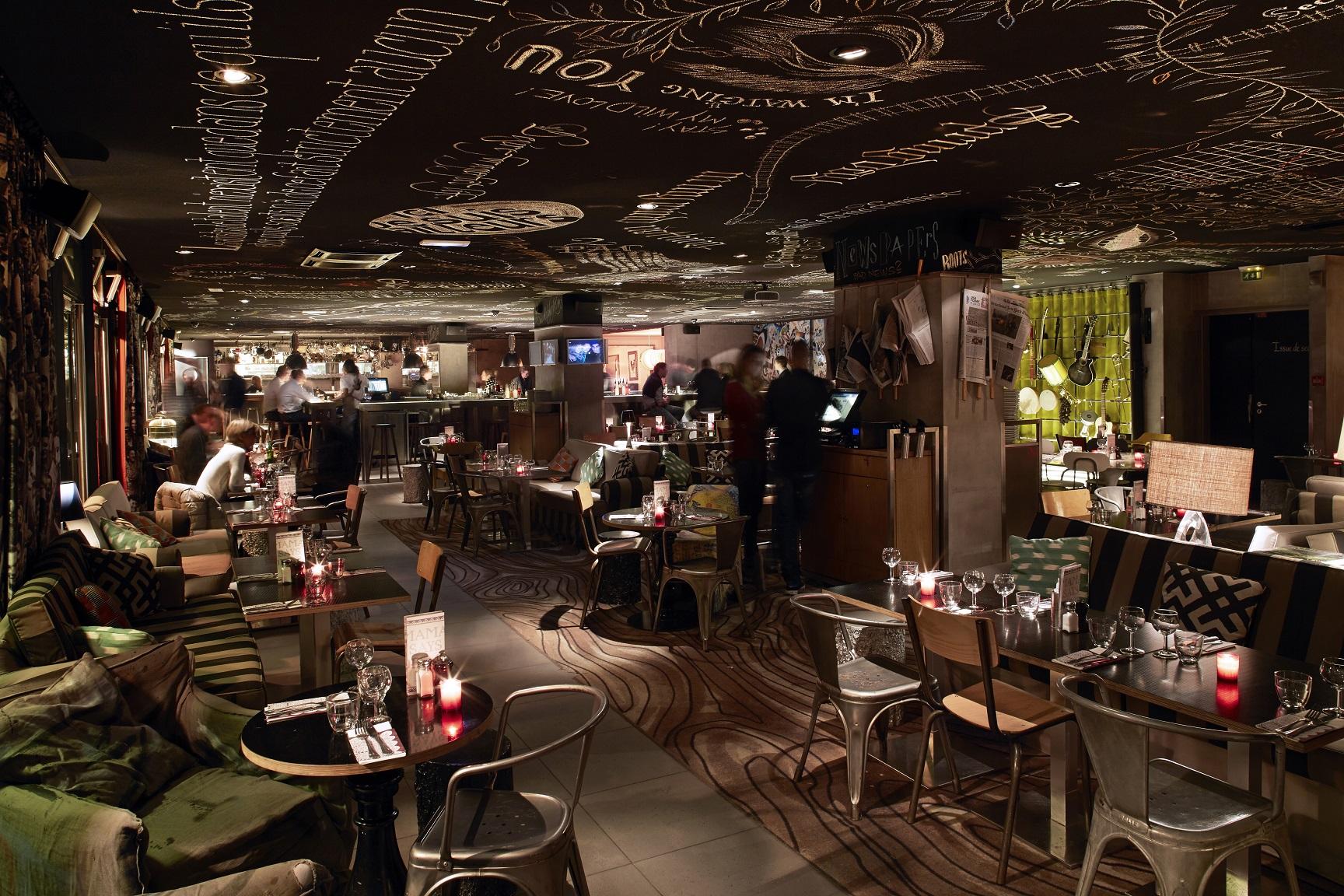 Mama Paris Terrasse Pariseastvillage Bar Night