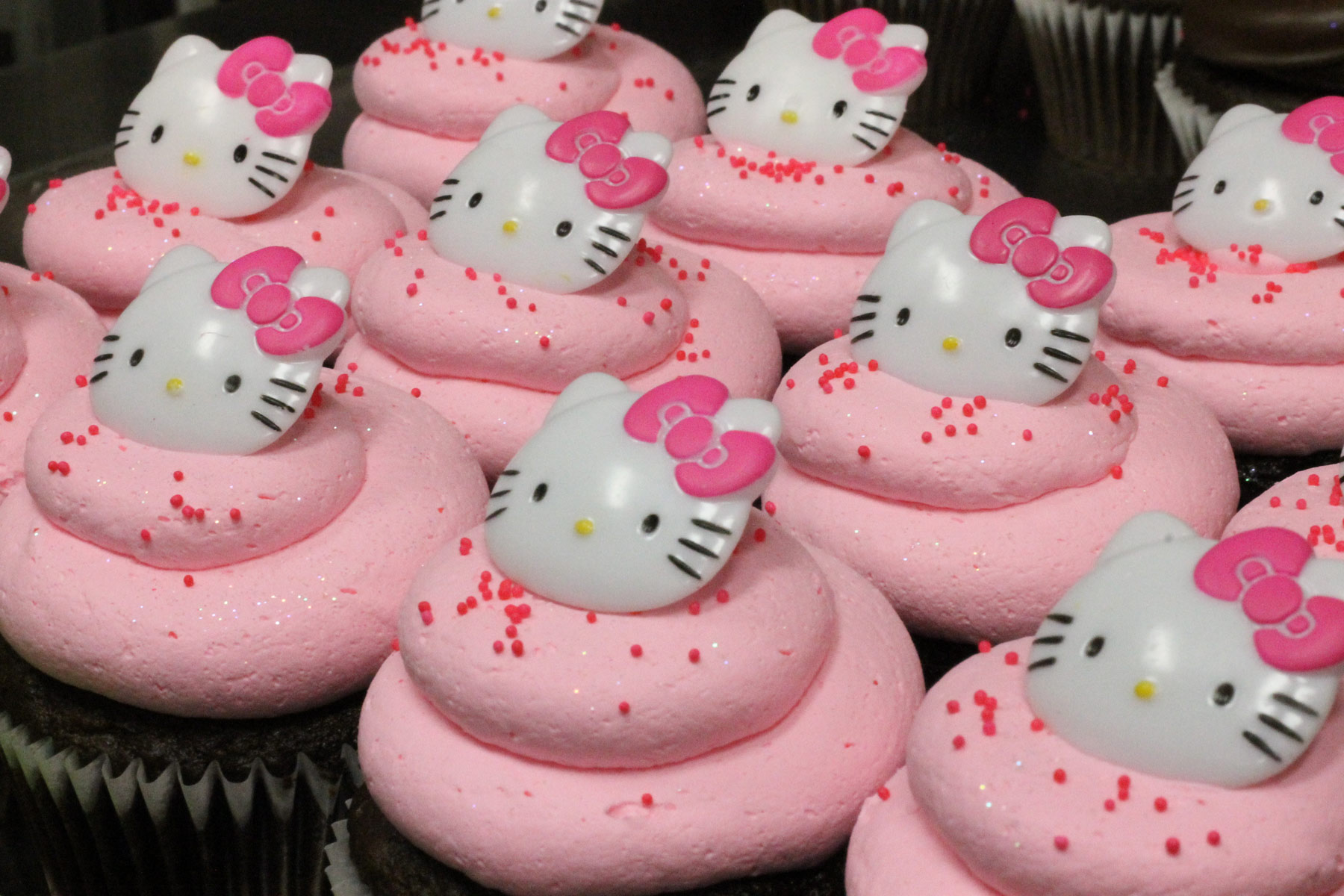 Hello Kitty Cupcakes Archives Patty S Cakes And Desserts