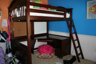 For Sale Full Size Bunk Bed With Desk Got The Goods