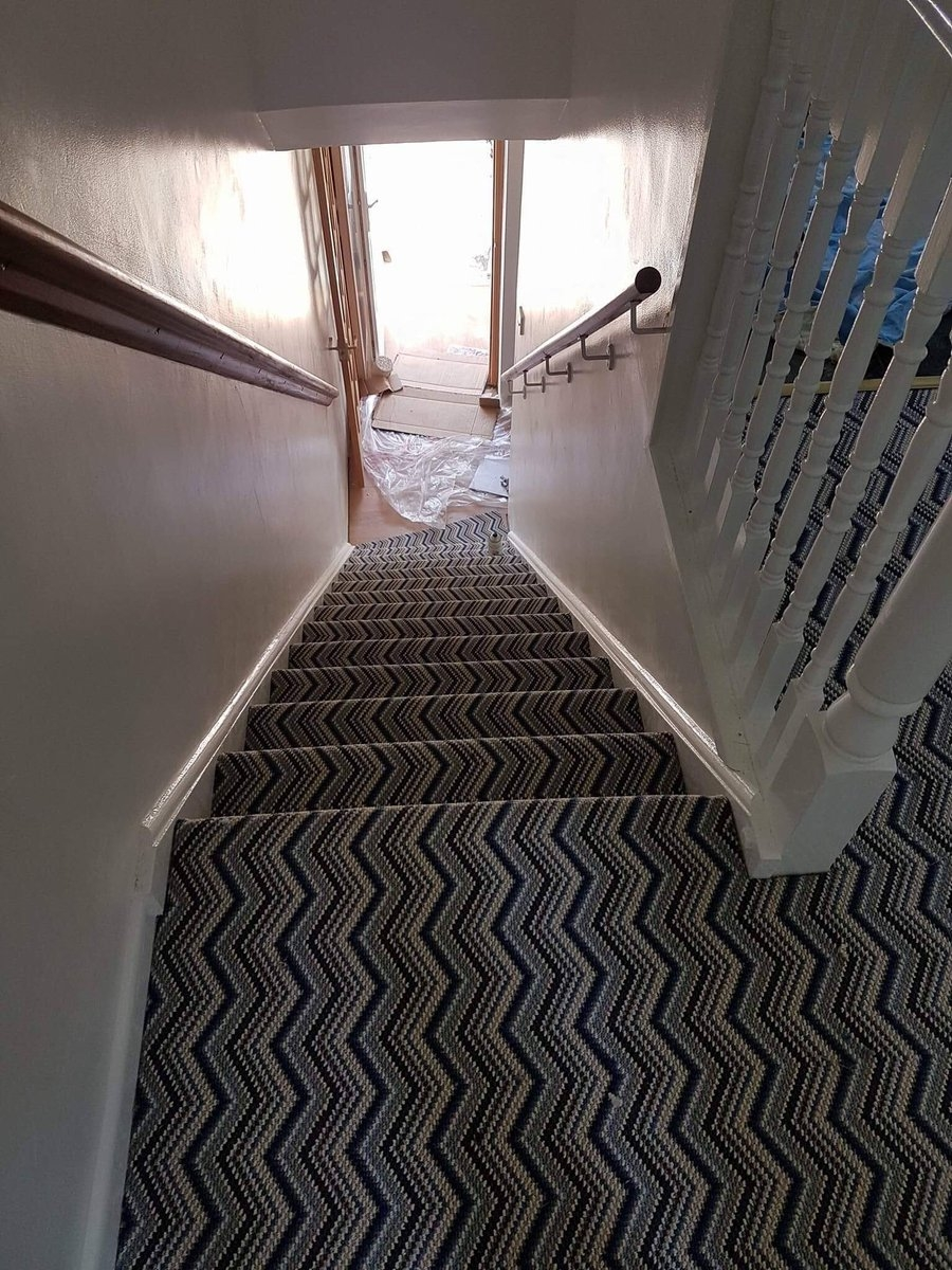 Crosbycarpets Hashtag On Twitter | Zig Zag Carpet On Stairs | American Style | Asymmetric Stair | Before And After | Navy Pattern | Grey