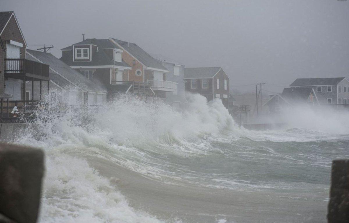Bombogenesis Winter Storm Riley Hits The Us East Coast