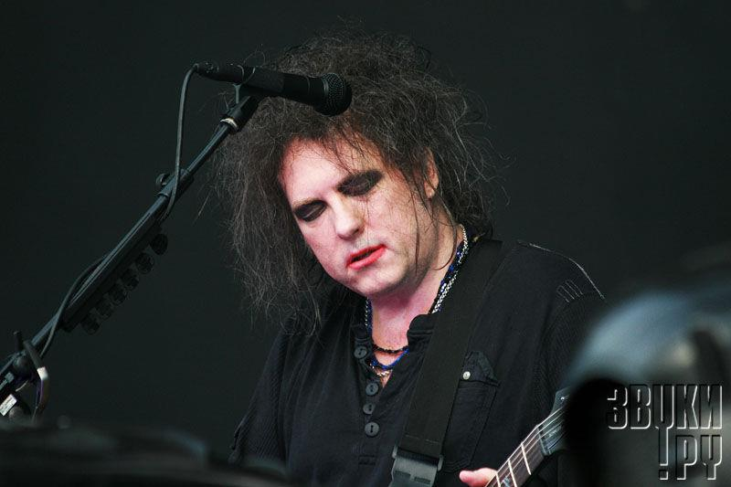 the cure tour 2019 - 800×533