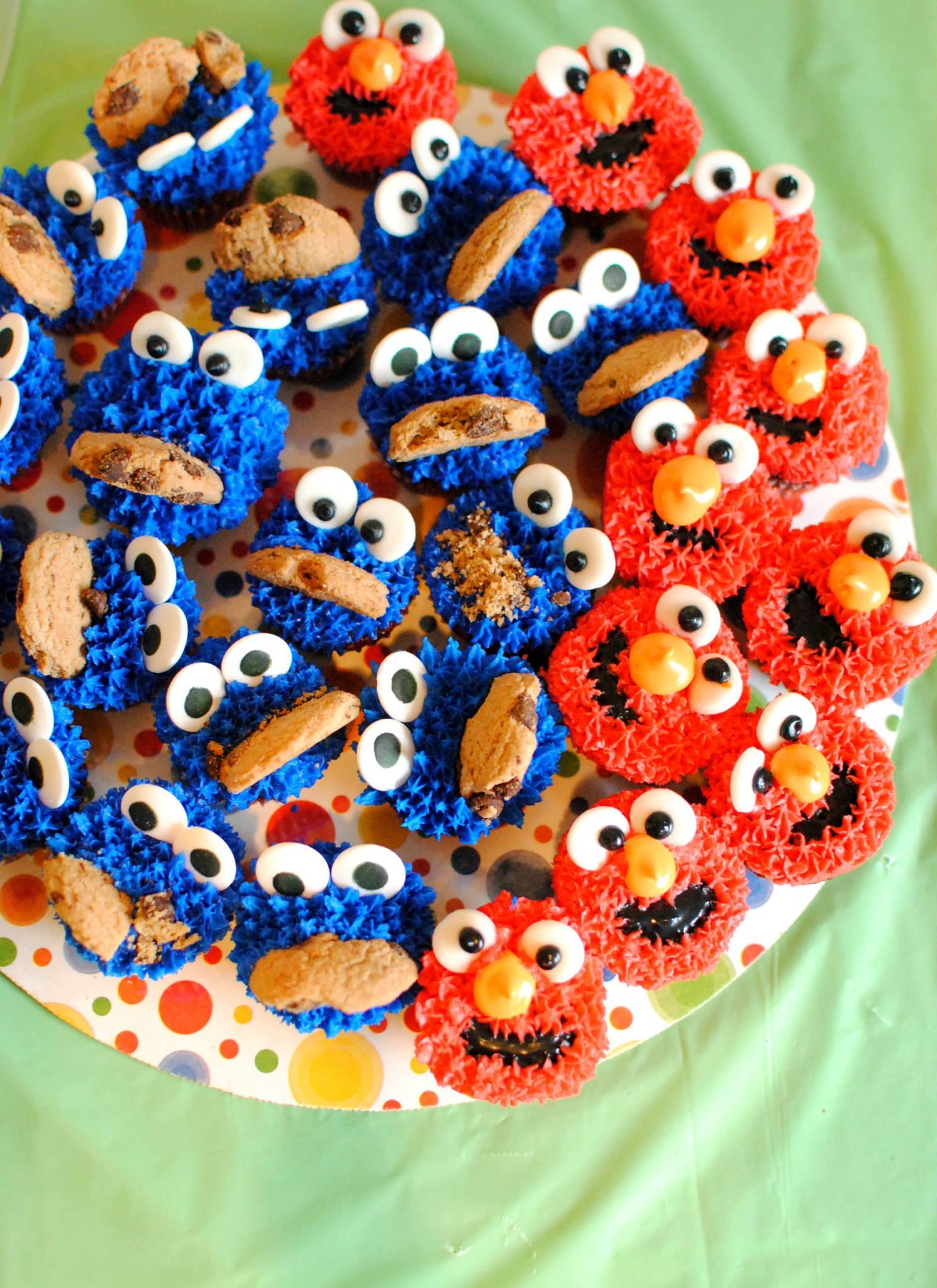Marshmallow Fondant Elmo Birthday Cake Amp Treats Pen Pals