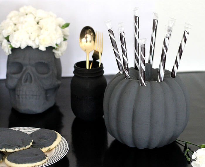 black and white halloween party decor 7