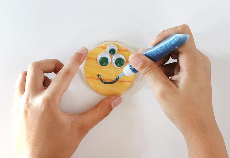 kids halloween craft idea - monster buttons