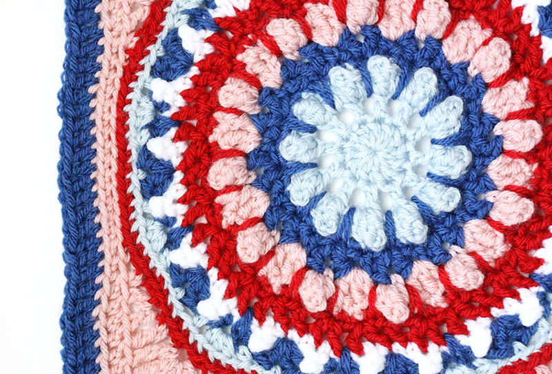 finished square detail - 12 inch afghan square free crochet pattern