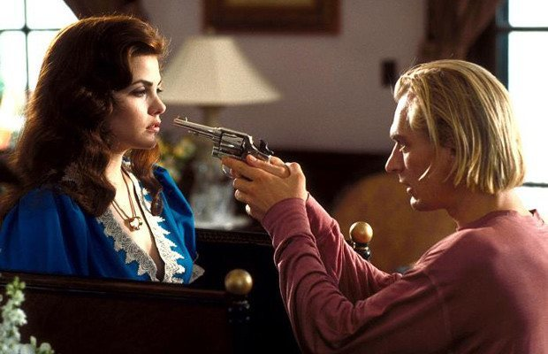 Cinema-Maniac: Boxing Helena (1993) Review | Personafication