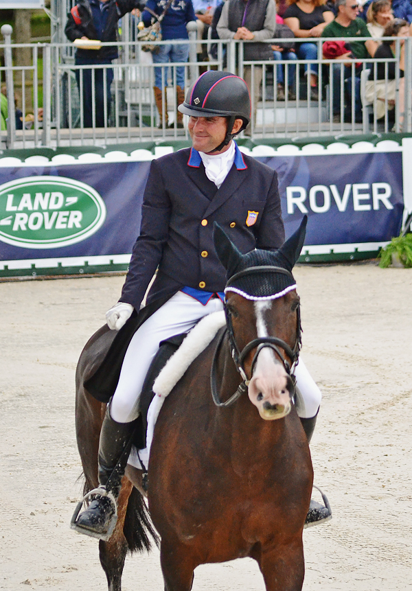 Trading Aces Scores 43 8 At Weg For 6th Place