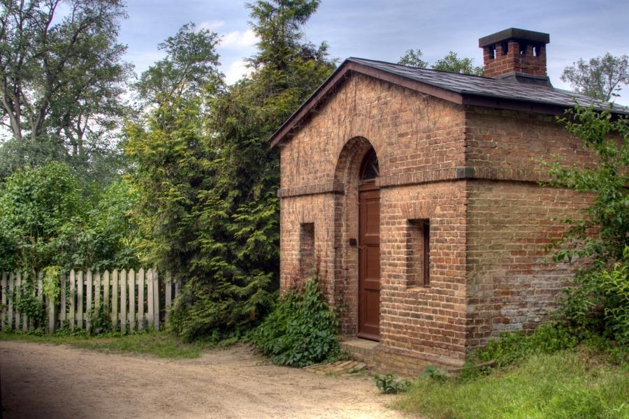 Small Brick House Photos