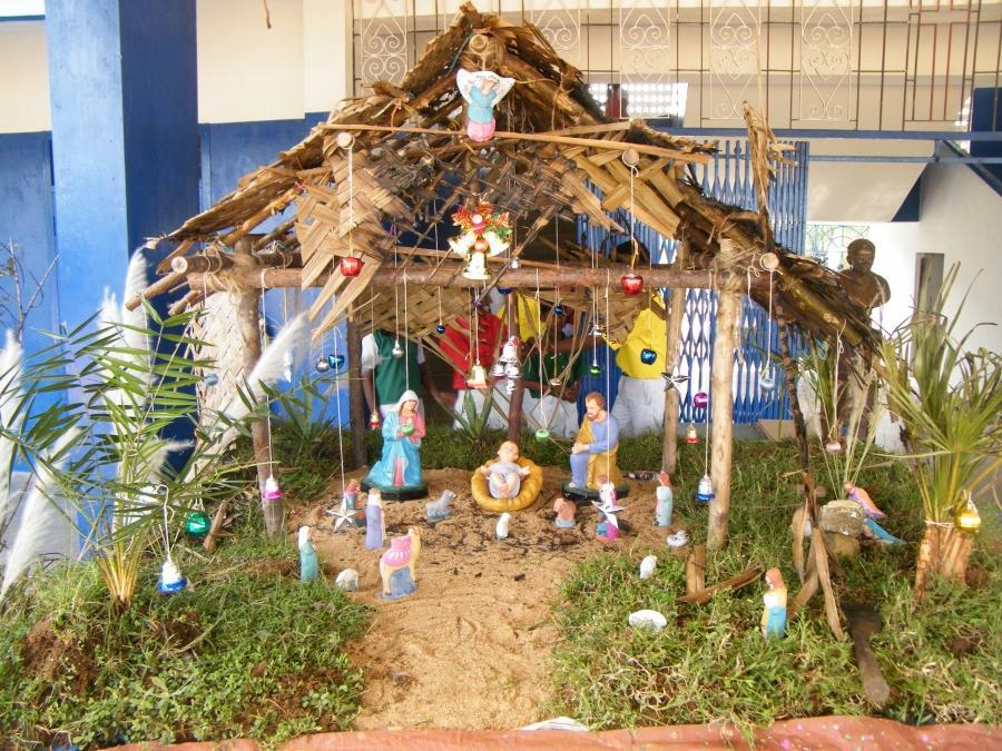 Christmas Crib Decorations Photos