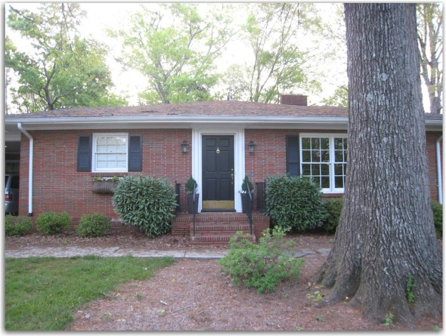 Photo Of 60s Red Brick Ranch Style House