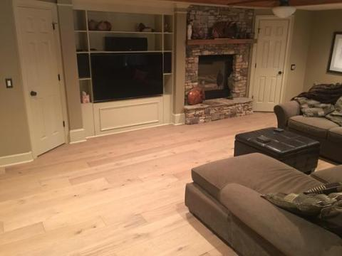 Malibu Wide Plank French Oak Rincon 1 2 in  Thick x 7 1 2 in  Wide x     Malibu Wide Plank French Oak Rincon 1 2 in  Thick x 7 1 2 in  Wide x  Varying Length Engineered Hardwood Flooring  23 31 sq  ft    case   HDMPTG919EF at The