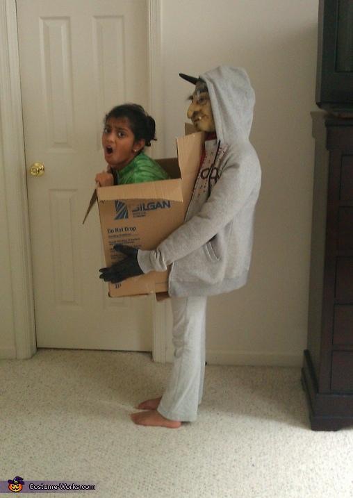 Halloween Costume Hunter Man