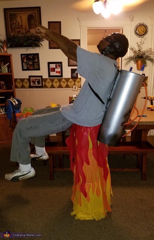 Homemade Rocket Man Costume Photo 4 5