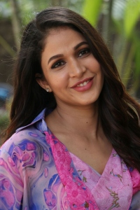 Actress-Lavanya-Tripathi-3