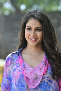Actress-Lavanya-Tripathi-8