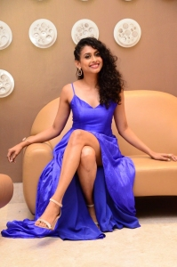 Actress-Nitya-Naresh-Photos-11