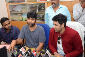 EVARU-Team-In-Vizag-Theatres-6