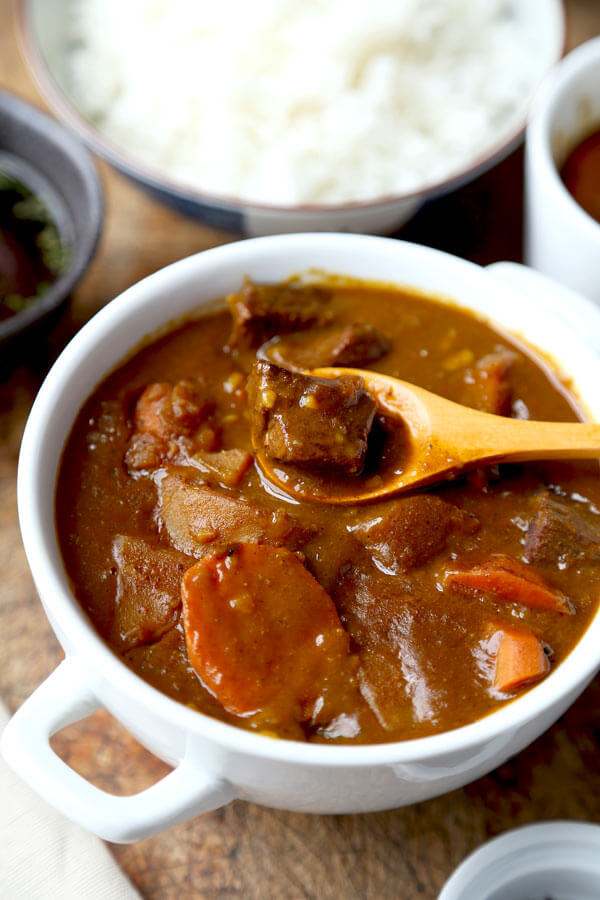 Japanese Curry Recipe カレ ライス Pickled Plum Food And Drinks