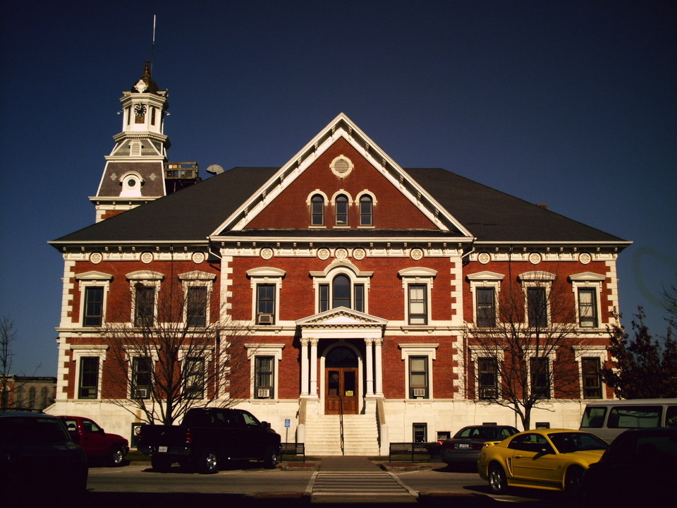 Macomb Il Town Hall In Downtown Macomb Photo Picture