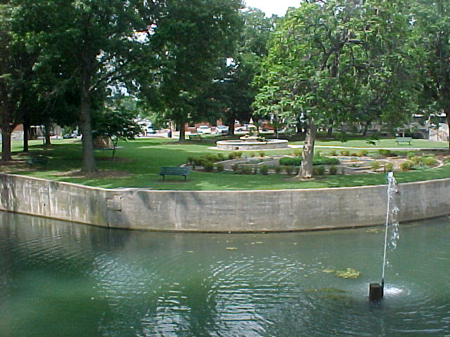 Downtown Springs Fountain Siloam