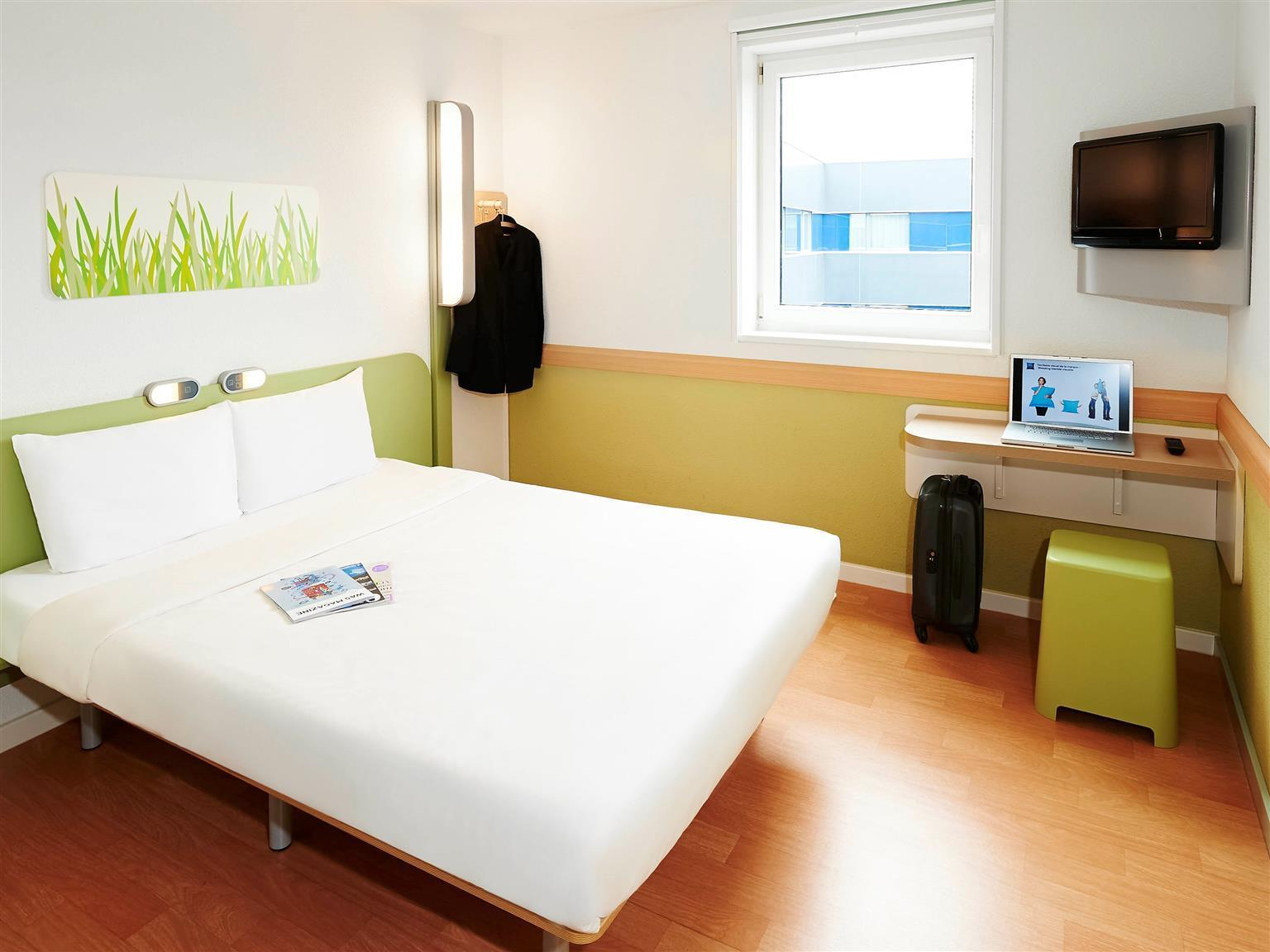 ibis budget Porte D Orleans in Paris   Room Deals  Photos   Reviews Double Room