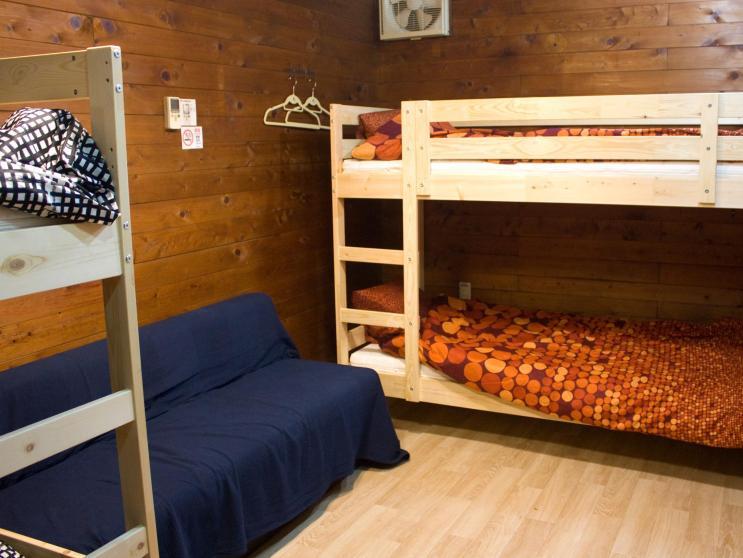 Tsukiji Hostel Wakayama Bunk Bed Room