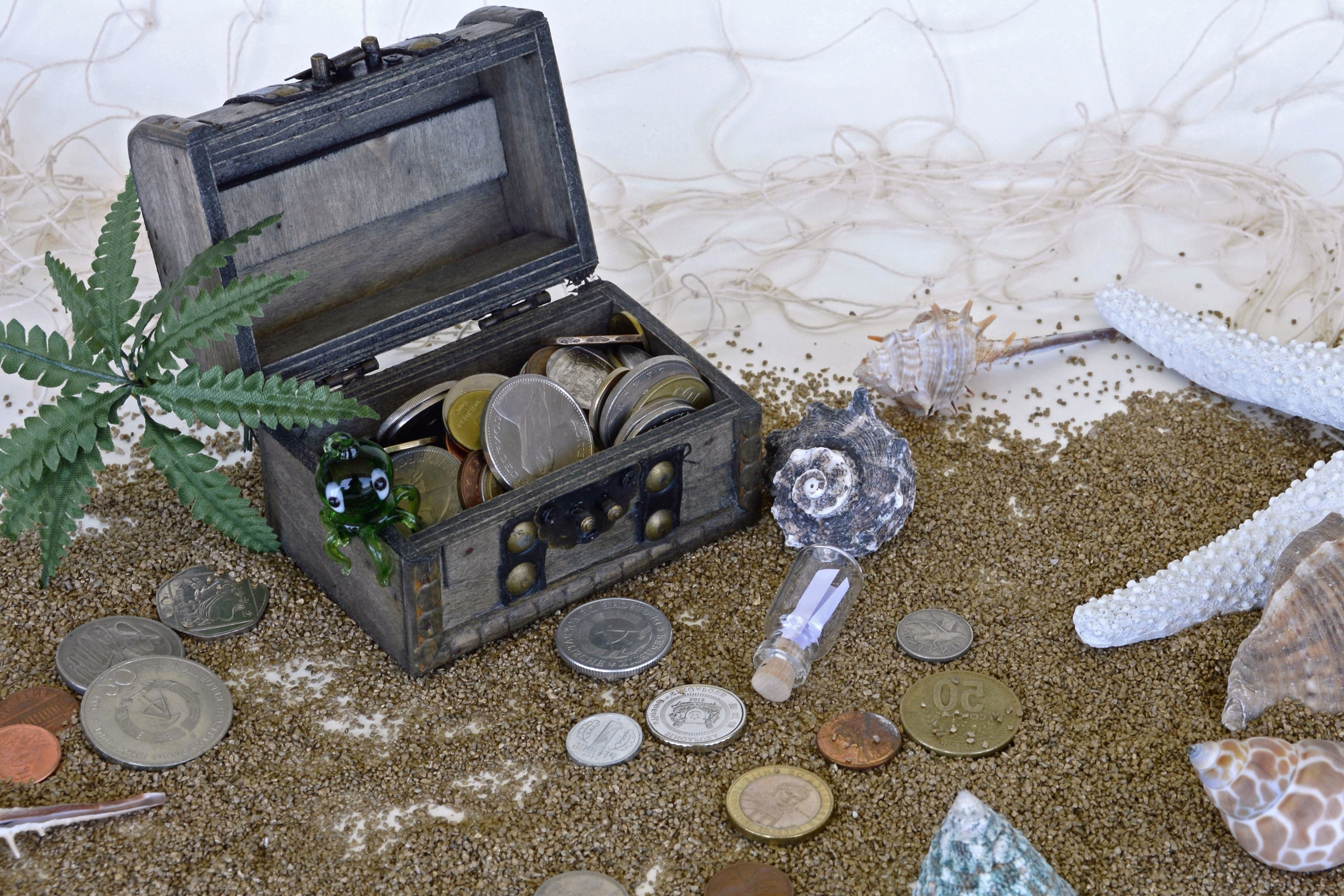 Free Picture Travel Treasure Beach Box Cash Bottle