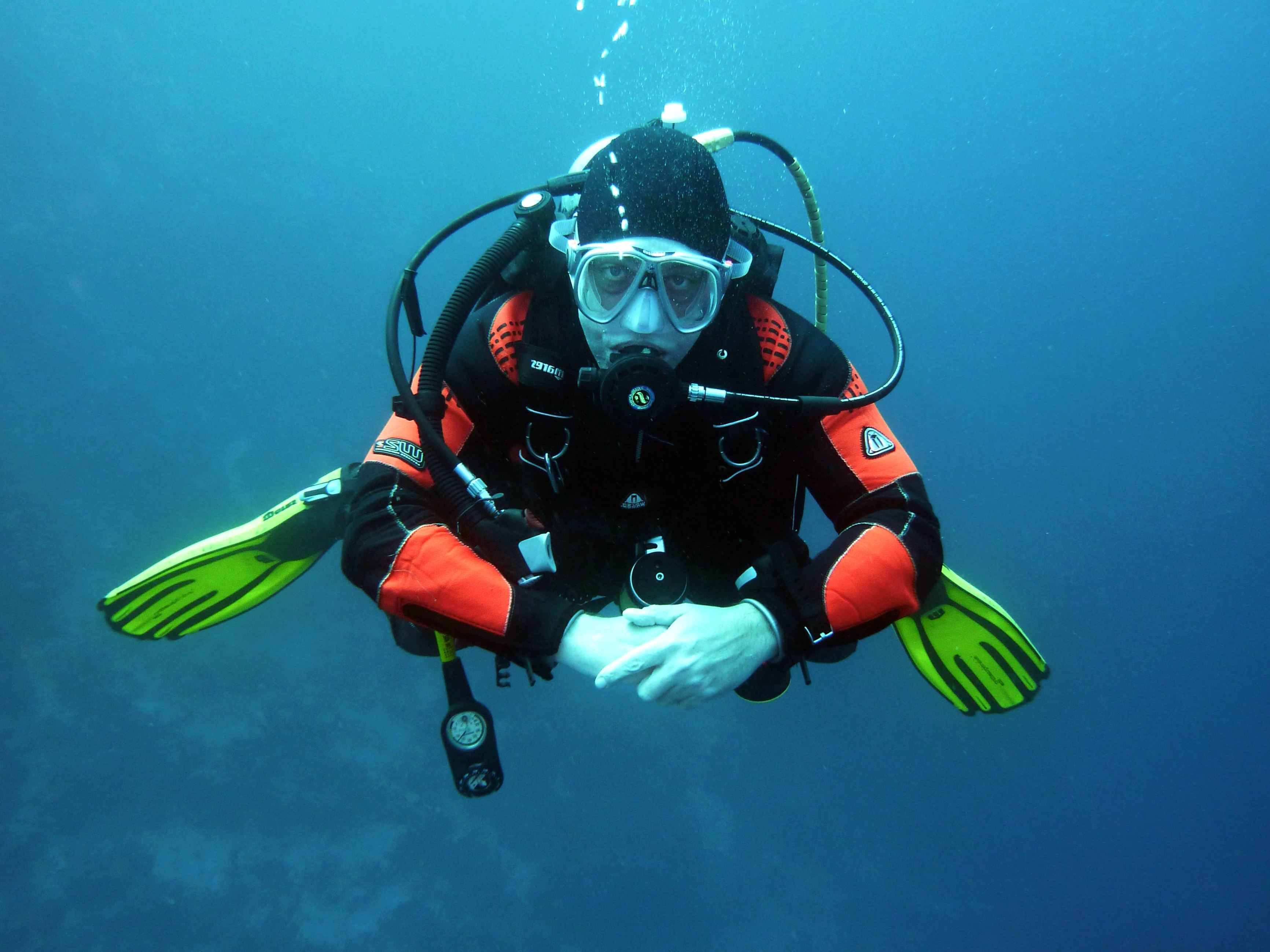 Free Picture Sea Underwater Water Deep Diver