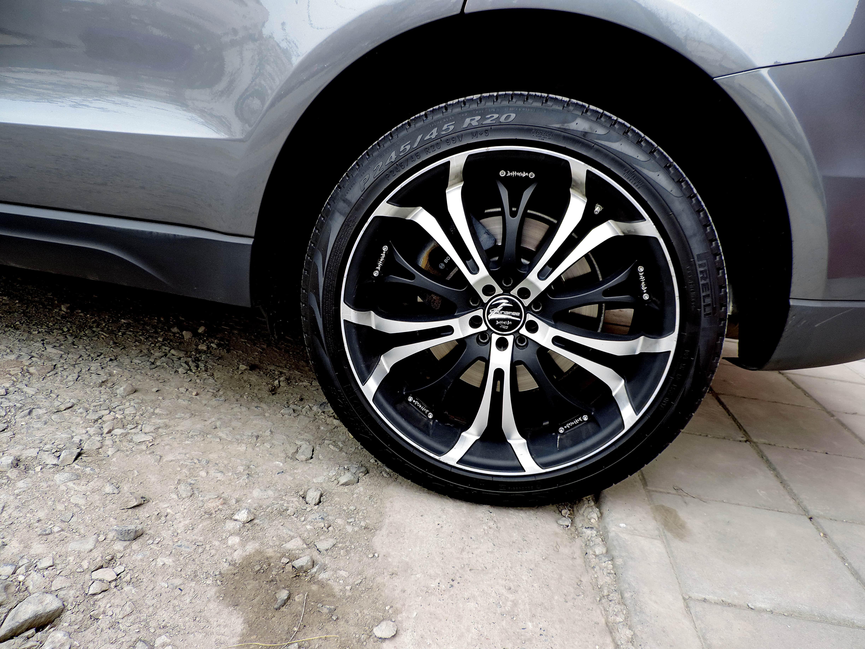 Free Picture Alloy Aluminum Modern Tire Car Wheel