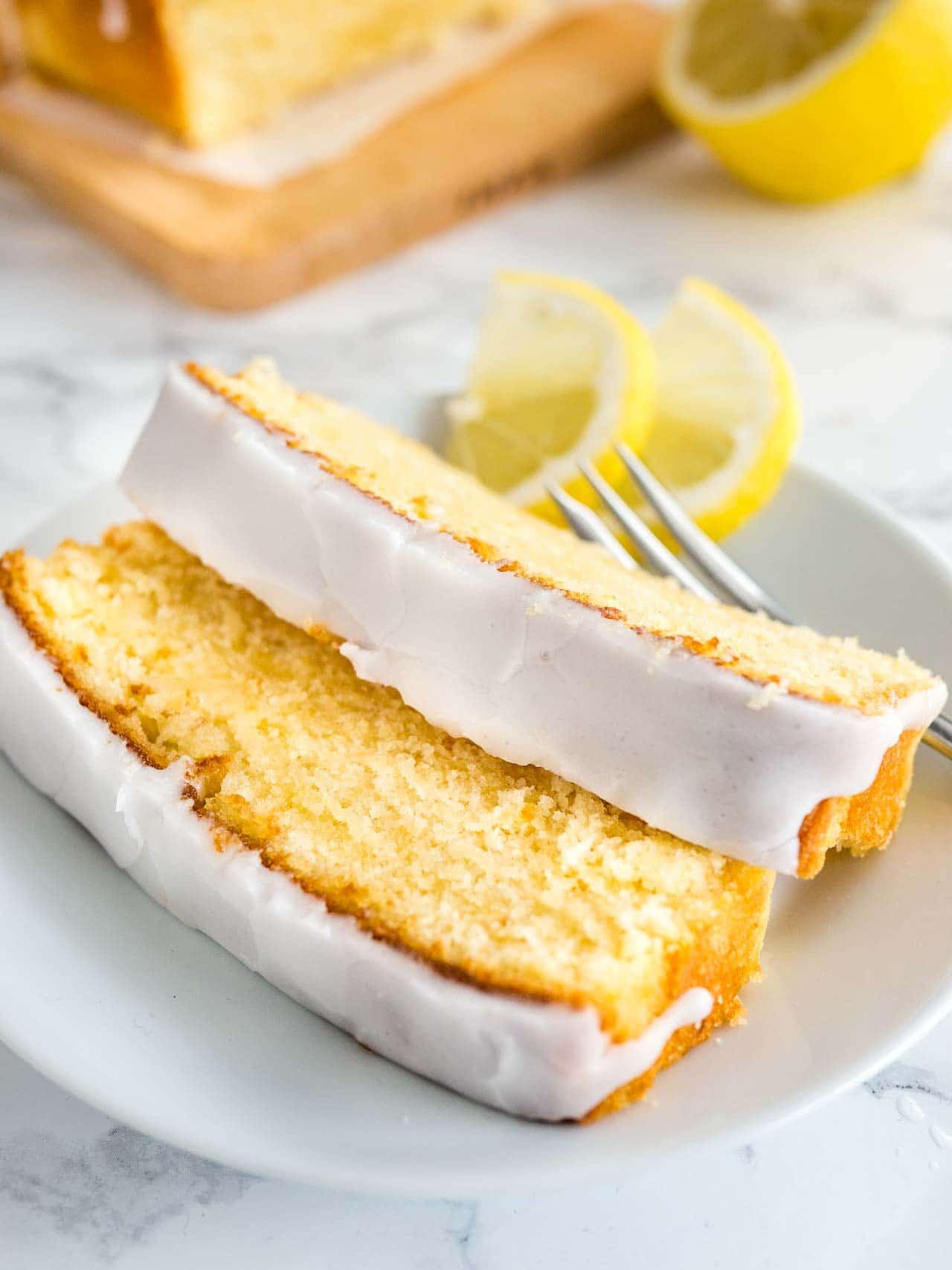 Quick Moist Banana Cake