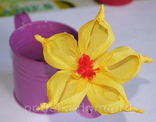 цветы из гофробумаги13