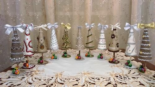 Conos de árbol de navidad