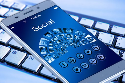 Social Media Use in Job search