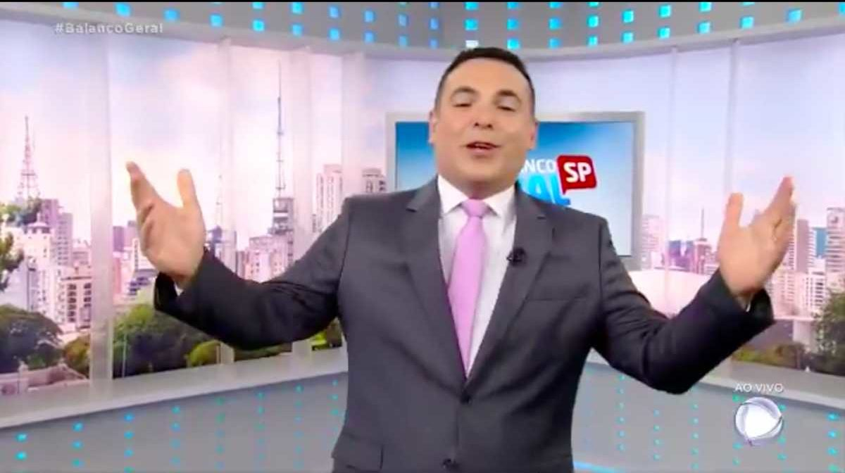 Reinaldo Gottino reestreia na Record TV