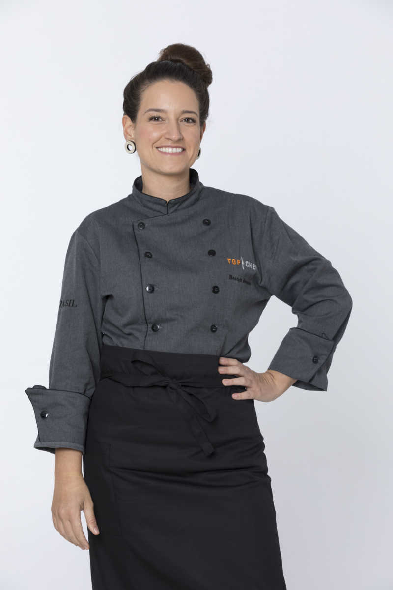 Beatriz Buessio posa para foto oficial do Top Chef Brasil 2